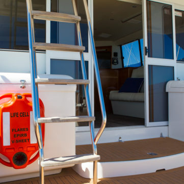 Life Cell Yachtsman on luxury yacht